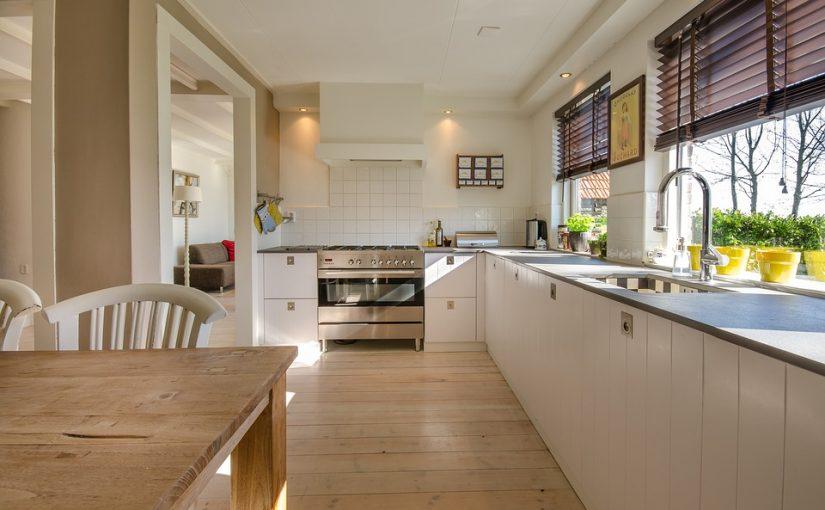 時短サービス!効率化した賃貸住宅、有名シェフの料理を家庭で!